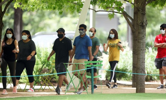 Est-il sécuritaire de marcher dehors pendant une épidémie de coronavirus?