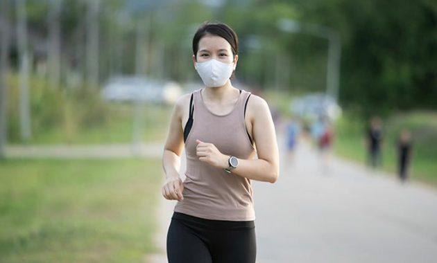 Πώς να ασκηθείτε με μάσκα προσώπου - τα Dos και Dont's